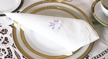 Irish Rose Napkin folded.JPG (23714 bytes)