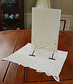 Battenburg Lace Hand Towel 16x26 Inches